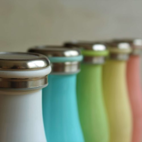 thermos de couleur pastèle