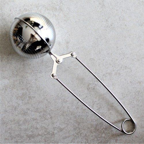 boule à thé argentée